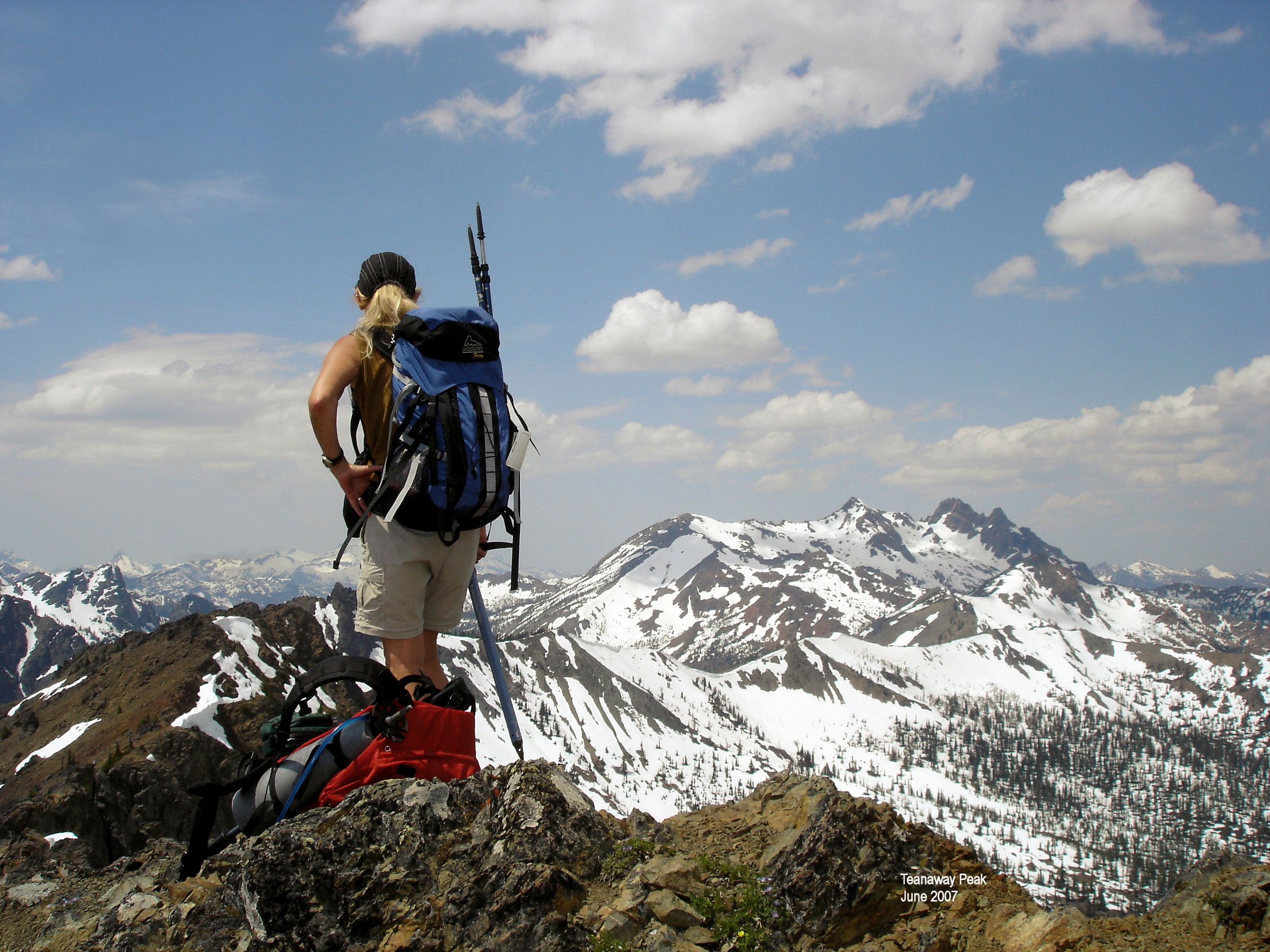mountain hiking Hiking is the preferred term, in canada and the united states, for a long hikers usually wear sturdy hiking boots for mountain walking and backpacking.